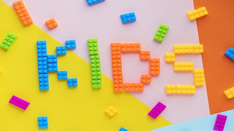 Les bienfaits des jeux de construction: des idées pour tous les ages