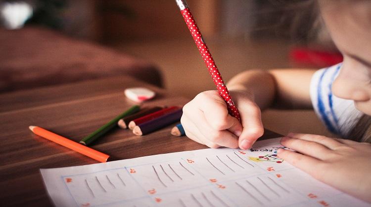 8 astuces pour améliorer la capacité d'attention et de concentration chez  son enfant - Lesapprentisparents
